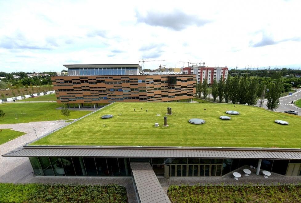 Sostenibilità e Smart Working Green Life Crédit Agricole Italia HQ eccellenza LEED Platinum